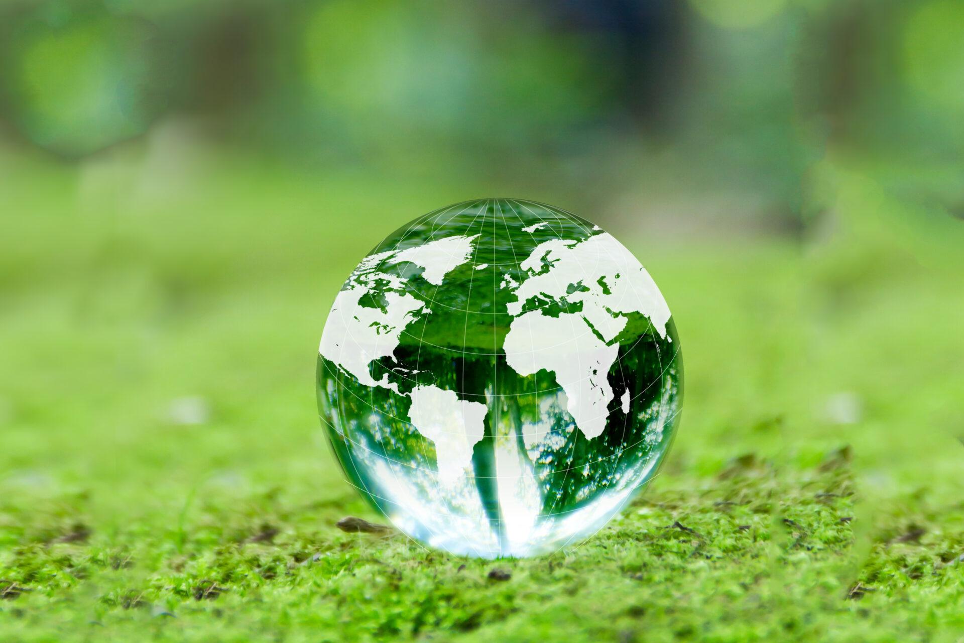 RE100、EP100、EV100違いや特徴|脱炭素で中小企業が世界的大企業に選ばれる時代【太陽光発電用語集】