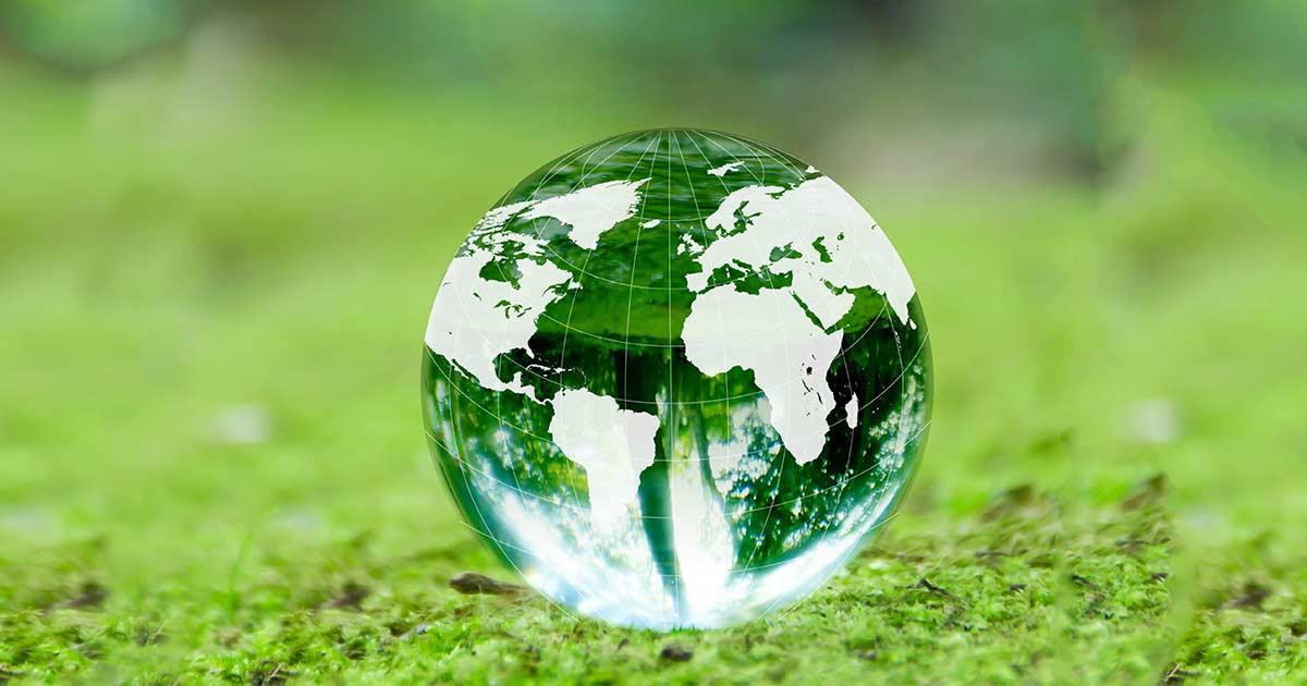太陽光発電設備の処分・リサイクル サスティナブルな解決策とは